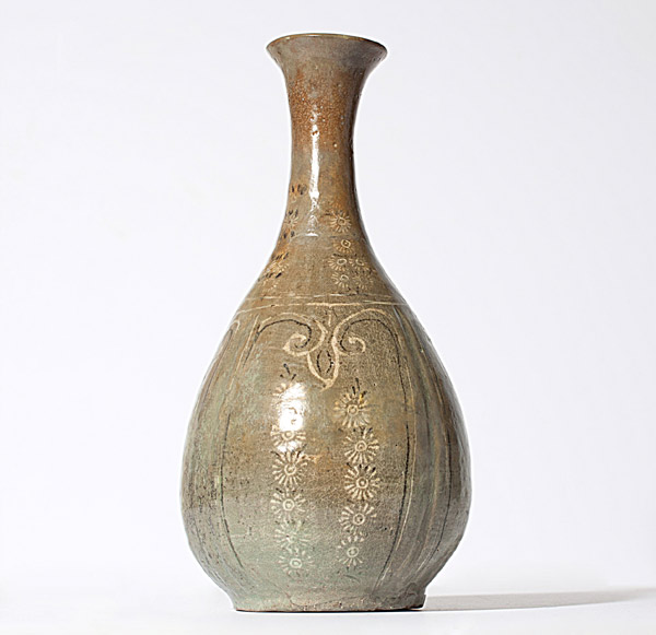 Koryo Celadon Vase(Korean Functional Object)