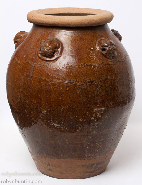 Martaban Pot(Southeast Asian Functional Object)