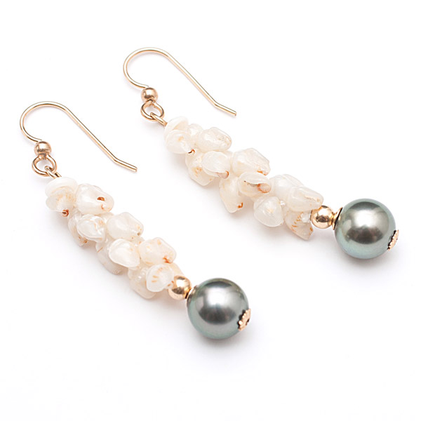 Uli Uli Ni'ihau Shell & Tahitian Pearl Earrings(Hawaiian Jewelry)