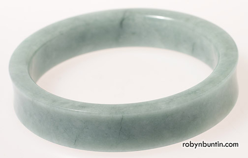 Jadeite Bangle(Chinese Jewelry)
